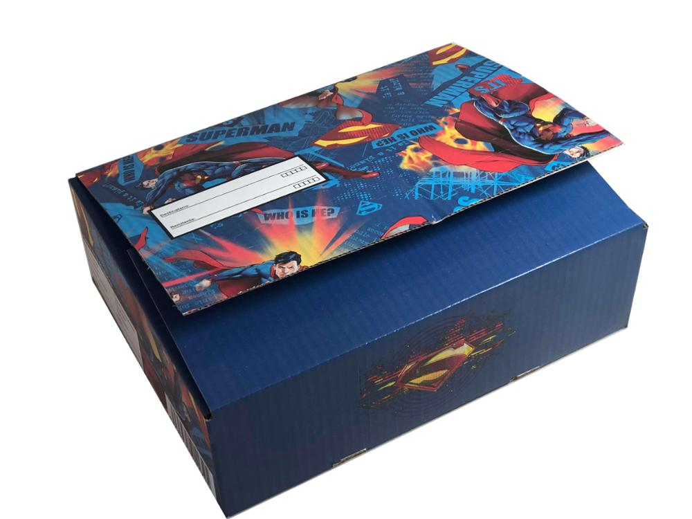 Caja mediana Superman