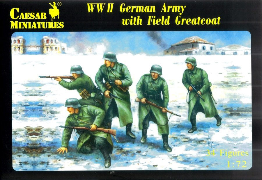 CAESAR MINIATURES H069 German Army with Field Greatcoat (WWII)