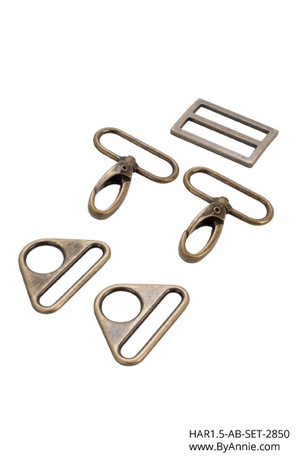byannieeurope - Hardware 1-1/2 inch - Antique Brass - Set 2850