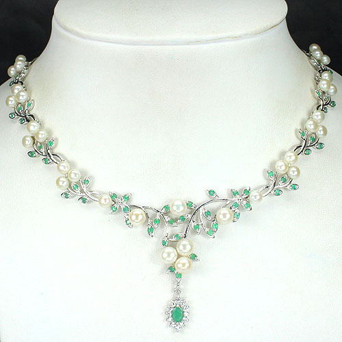 GEMSINOR Jewelry&Gems - LUXURIOUS NATURAL GREEN COLOMBIAN EMERALD-CREAMY WHITE PEARL 925 SILVER NECKLACE