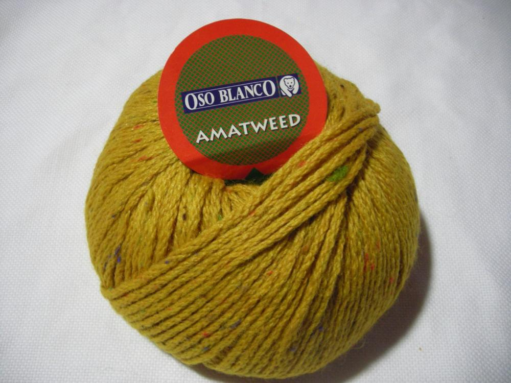Kinti Knitter - Oso Blanco - Amatweed