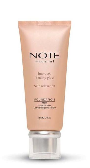 Marián Vidal - Note Cosmetics MINERAL FOUNDATION